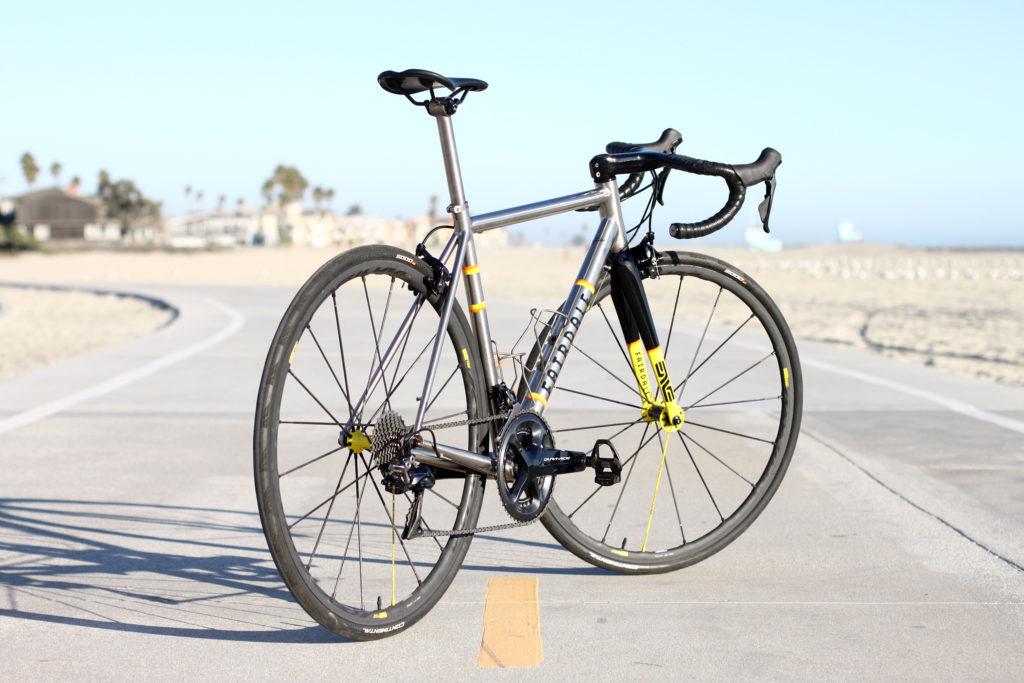 titanium-road-bike-fairdale-spaceship-s2